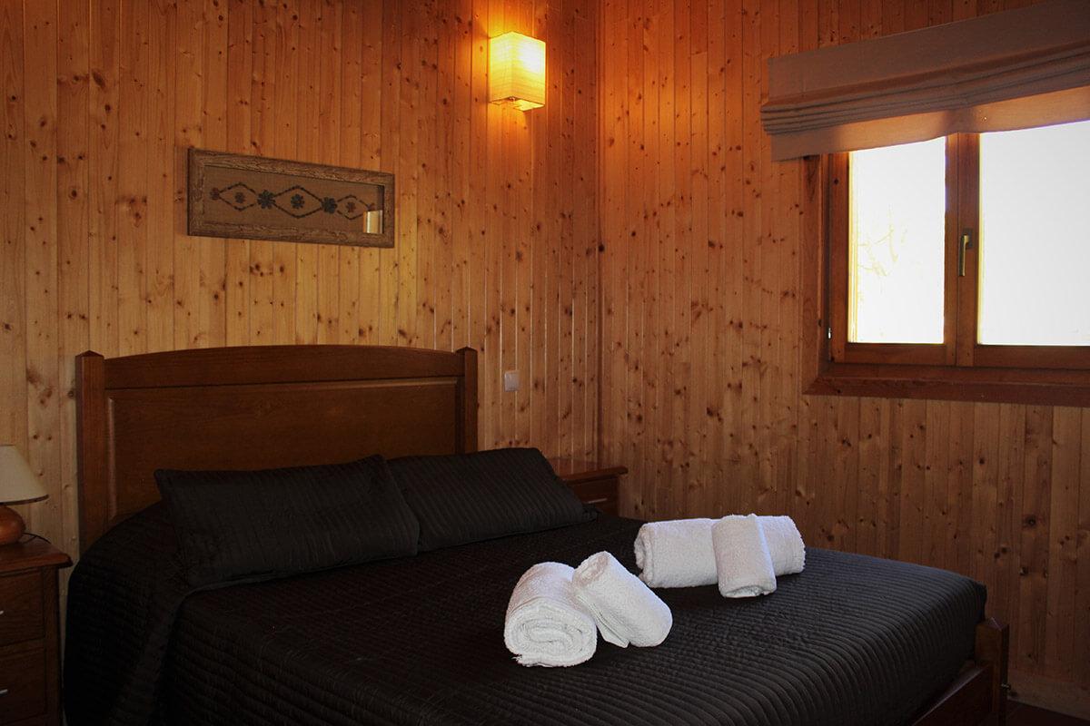 Camping oleiros bungalows